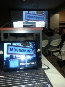 Mogneneins, Village Internet - Présentation dans la salle des fêtes municipale