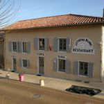 Le Cheval Blanc à Mogneneins - Bar Restaurant Petite épicerie - Bienvenue !