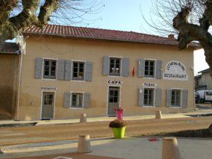 Le Cheval Blanc à Mogneneins - Bar Restaurant Petite épicerie - Au coeur du village !