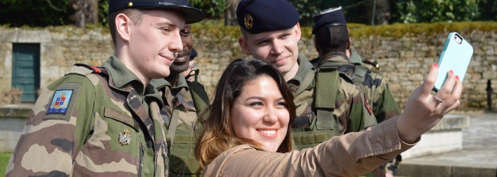 Zone de Texte: Journée Défense et Citoyenneté (JDC)